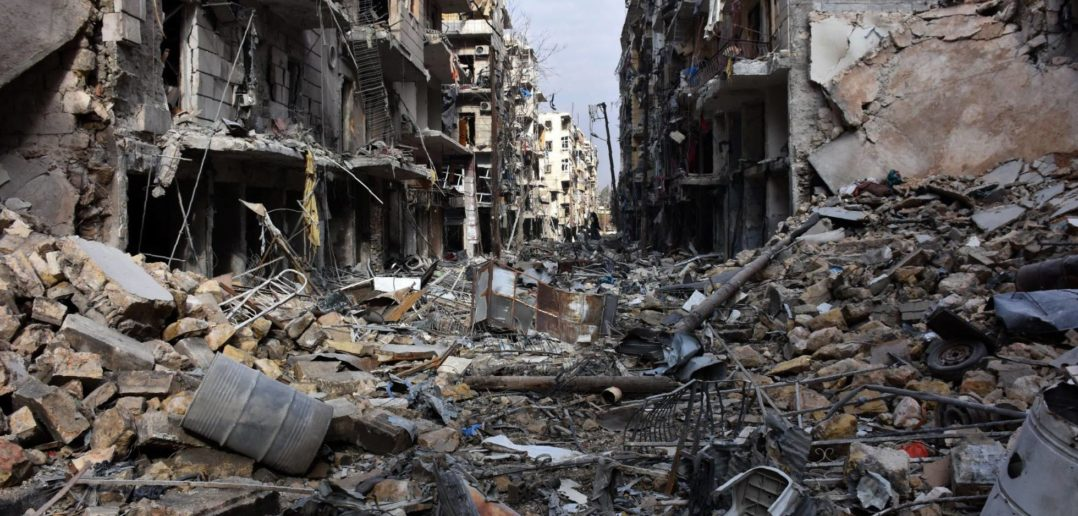 Vista general de destrucción en el barrio de al-Shaar en Alepo GEORGE OURFALIAN AFP