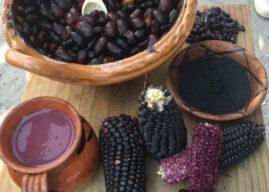 El atole morado se convierte en el platillo más representativo de México gracias a una cocinera otomí